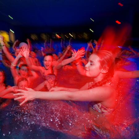 Discozwemmen op vrijdag 2 oktober
